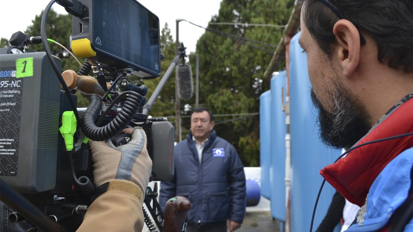 Foto detrás de cámaras de la serie Qué inventa.
